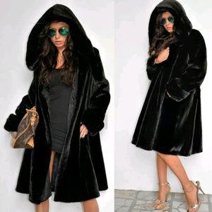 Chic faux fur hooded Parka Winter Coat Warm Jacket